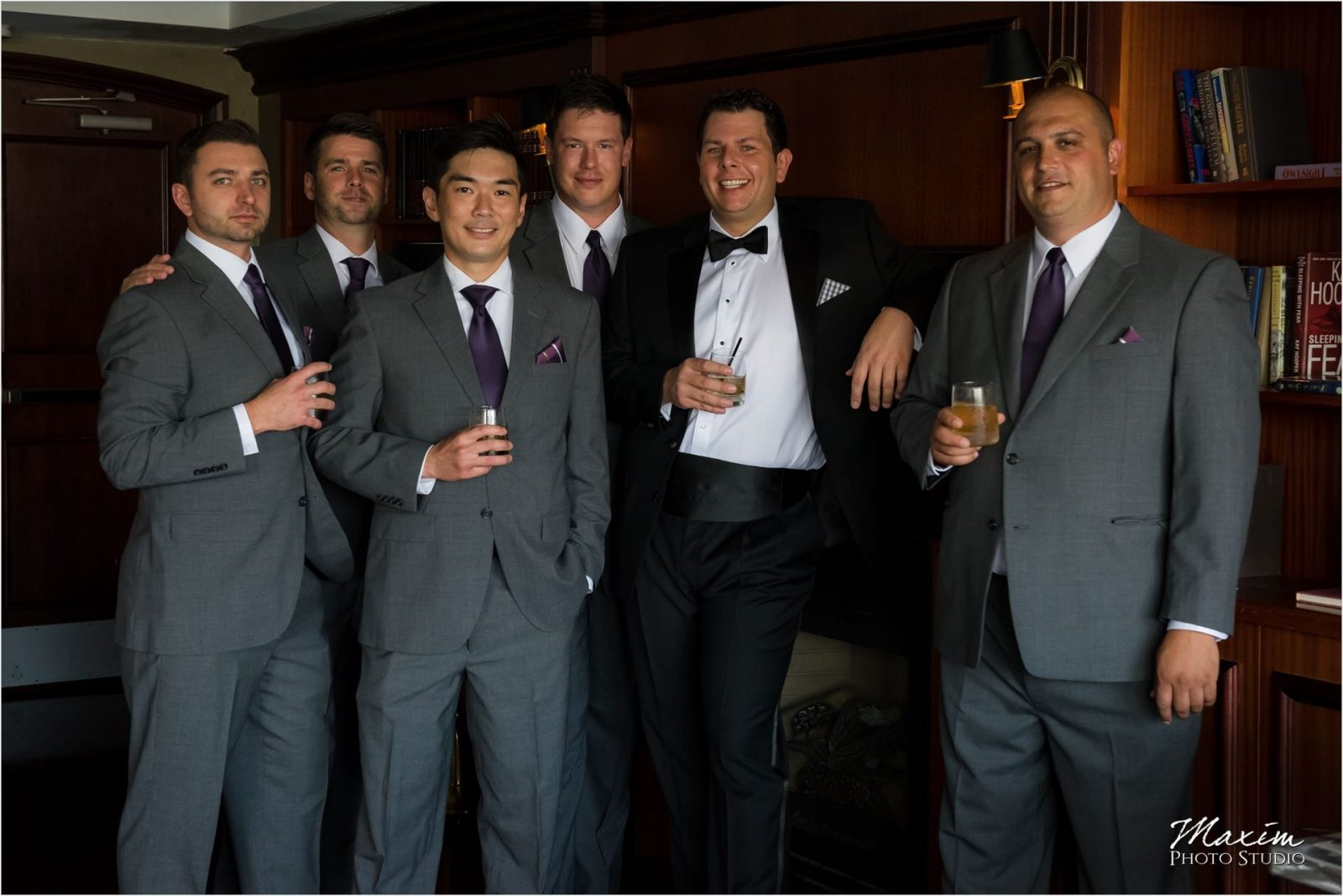 Marriott Rivercenter Covington, Cincinnati Wedding, Groomsmen