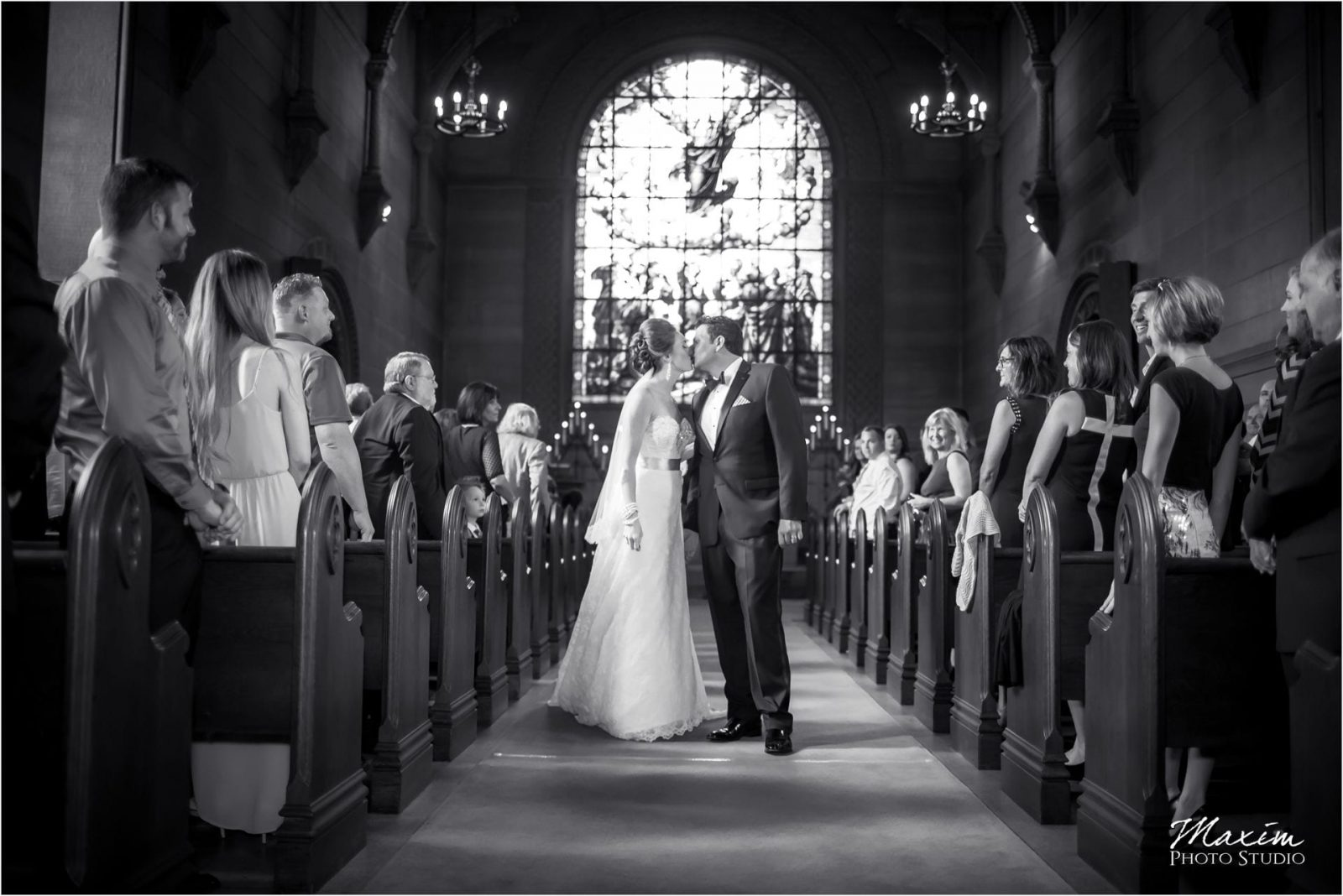Norman Chapel, Cincinnati Best Wedding Photography