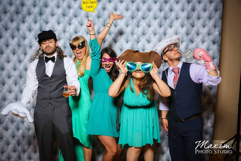 Cincinnati music hall wedding photo booth aj 07