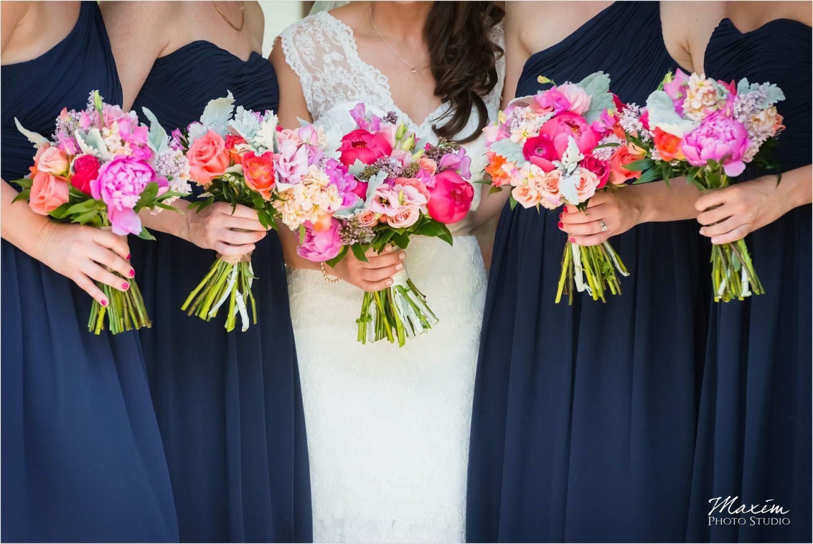 Kentucky Wedding Photographers Potato Hill Farm Wedding Bridesmaids