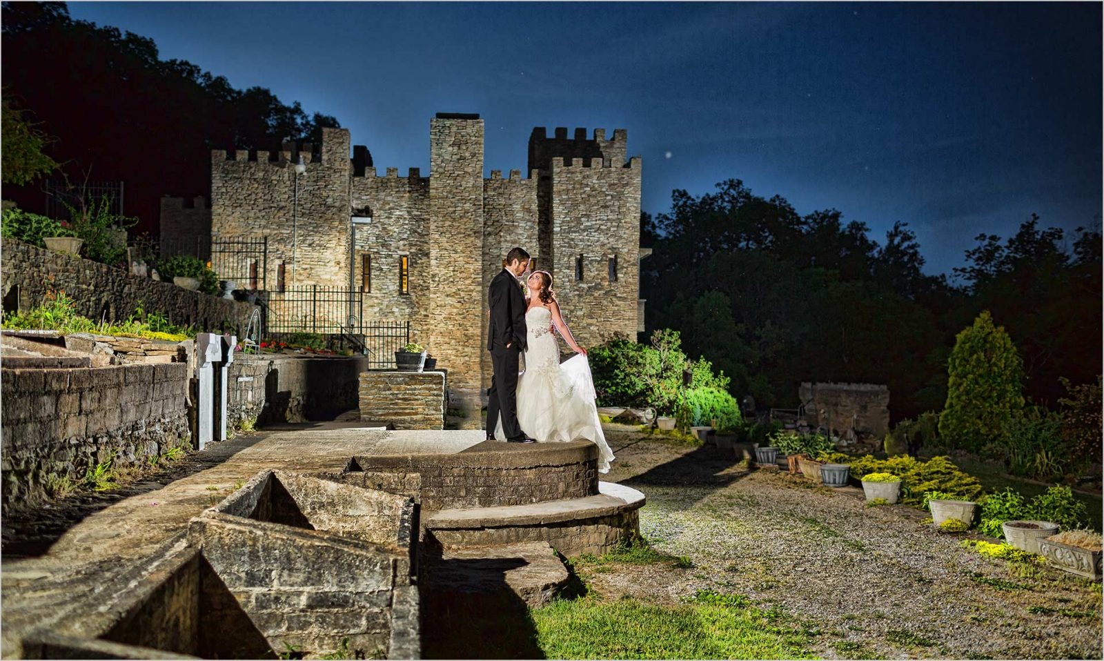 Loveland Castle Cincinnati Wedding sunset bride Groom