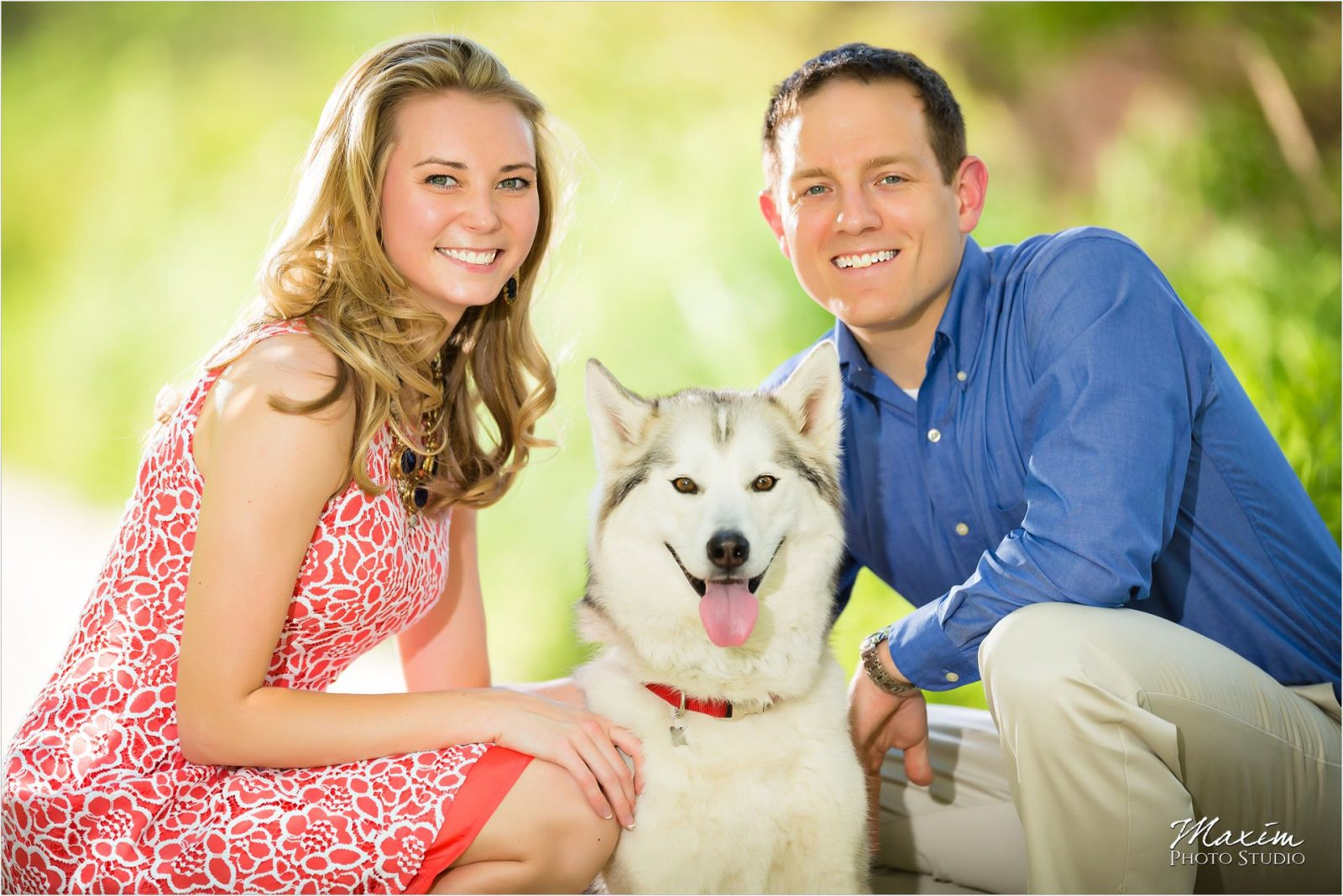 Ault Park Cincinnati Summer Engagement Husky dog