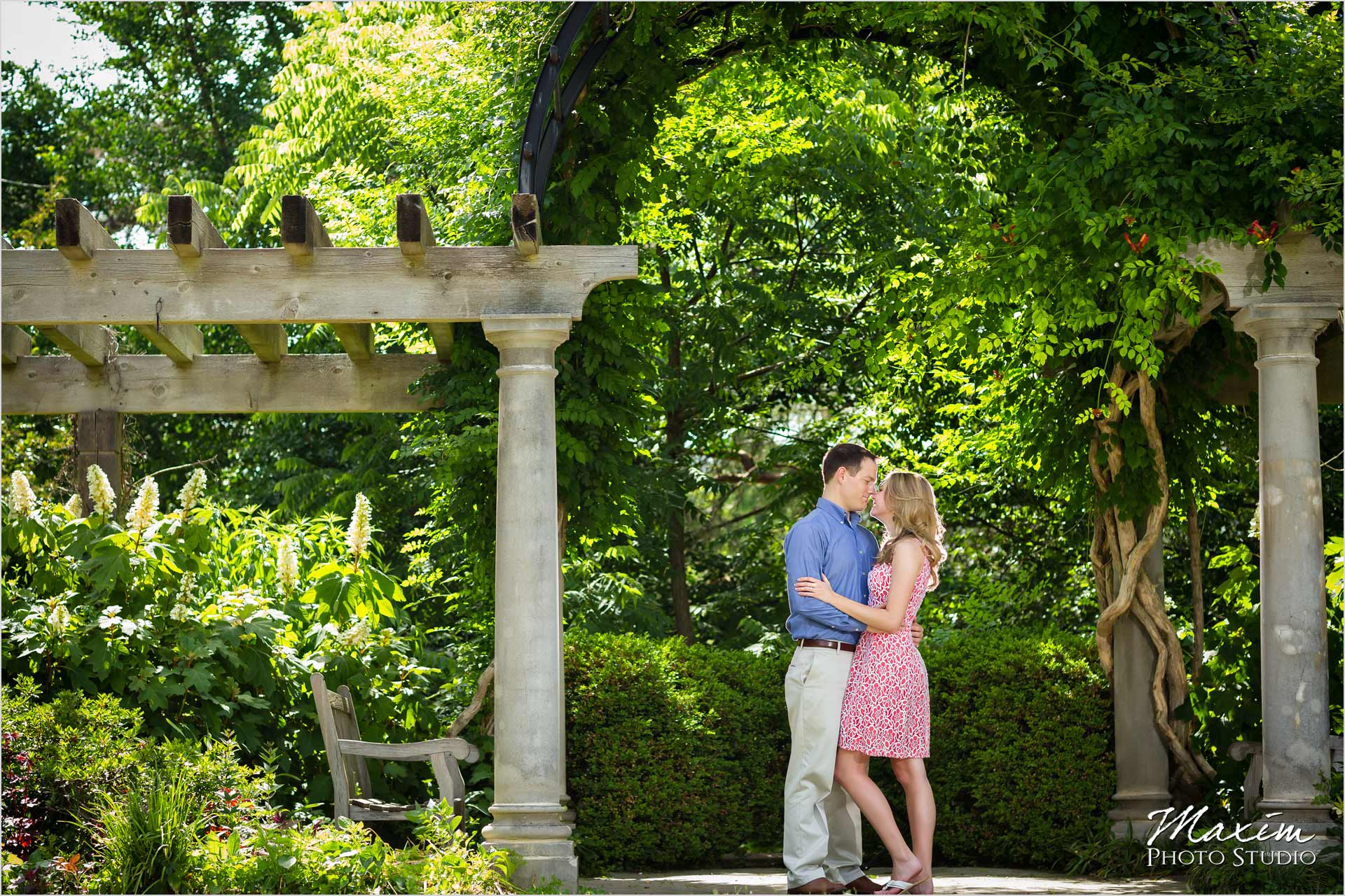 Ault Park Cincinnati Summer Engagement Photography