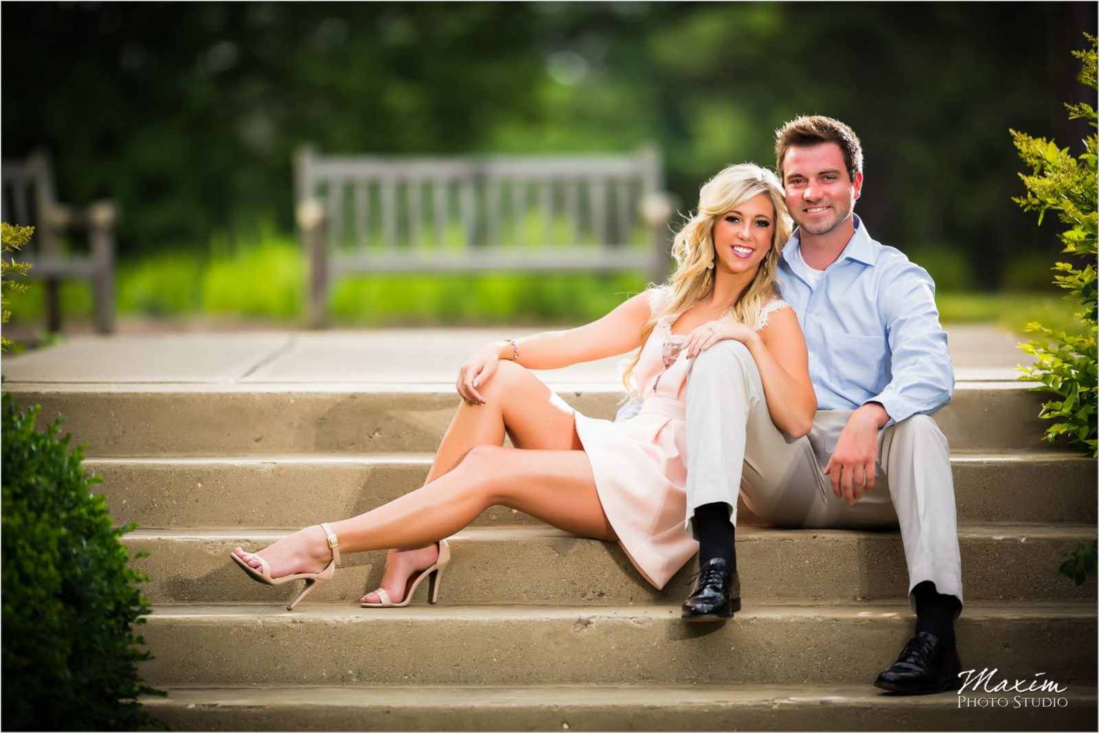 Ault Park Summer Engagement couple