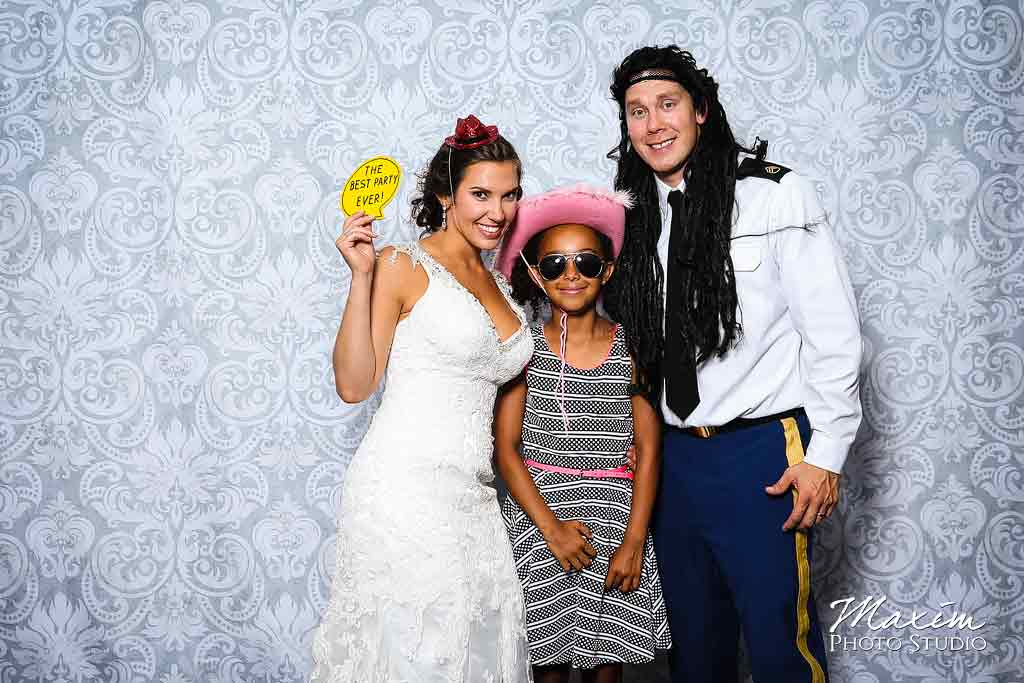 Wedding Photo Booth Dayton Ohio