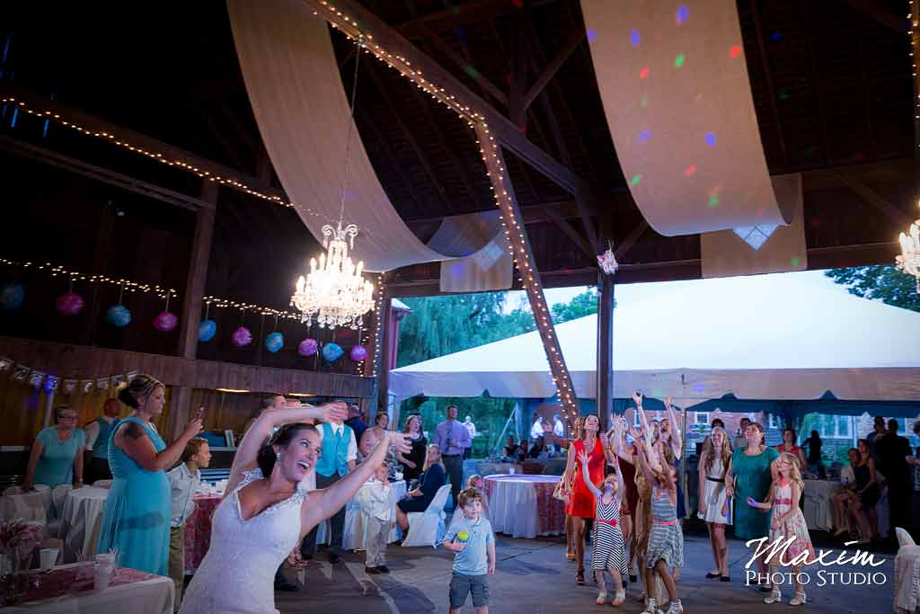 Willow Tree Reception Photography