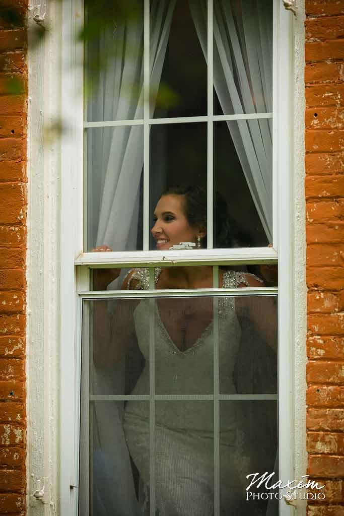 Willow tree wedding photographer