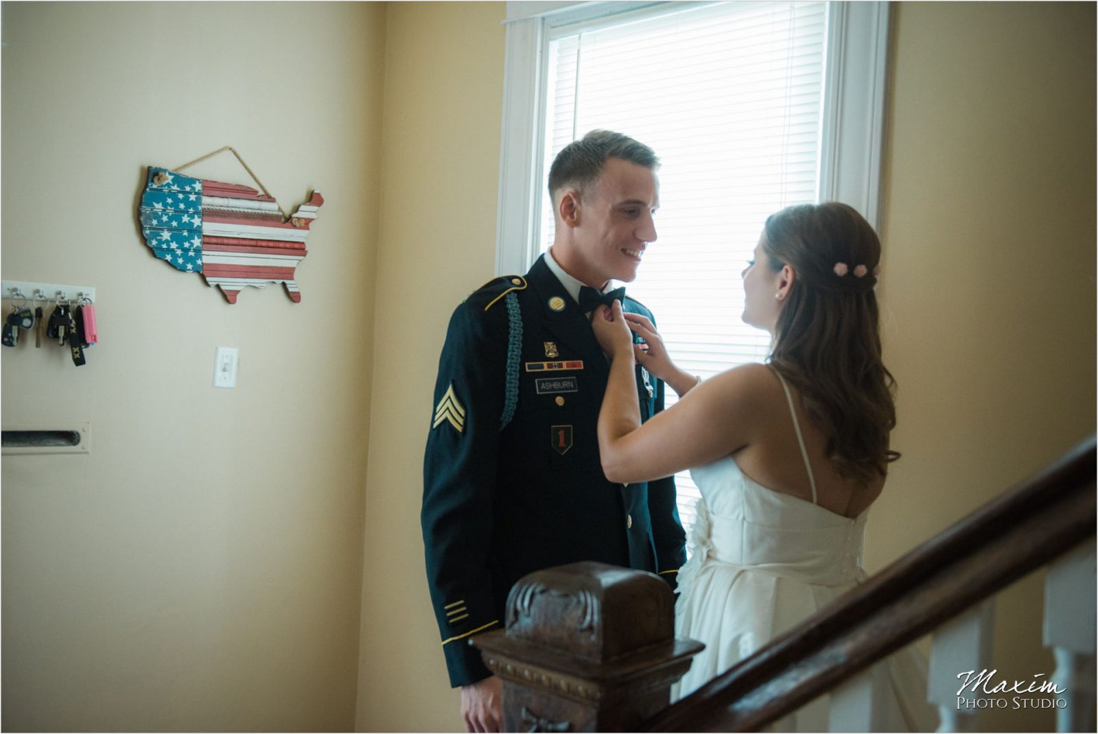 Cincinnati Wedding Photographers Krippendorf Lodge first look