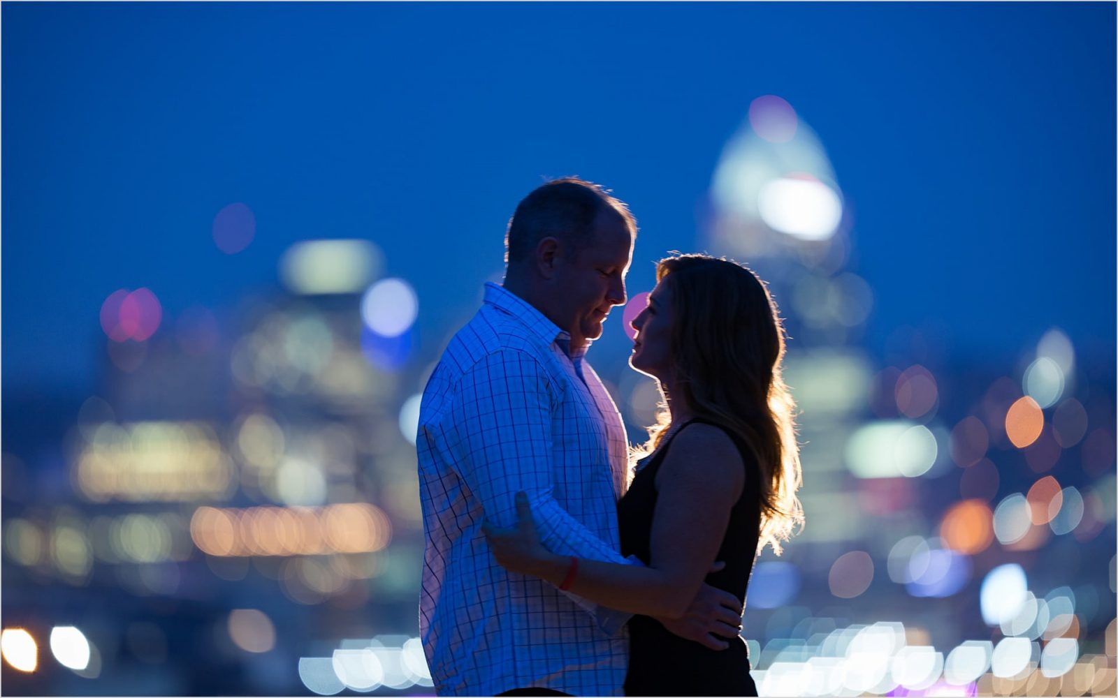Cincinnati skyline engagement night picture