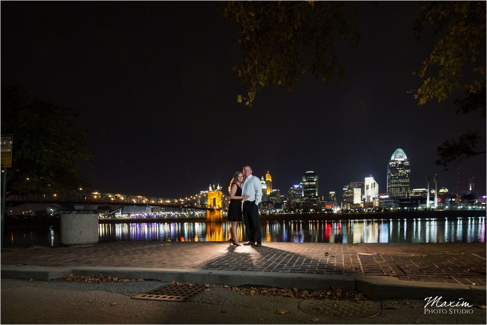 Cincinnati night engagement skyline