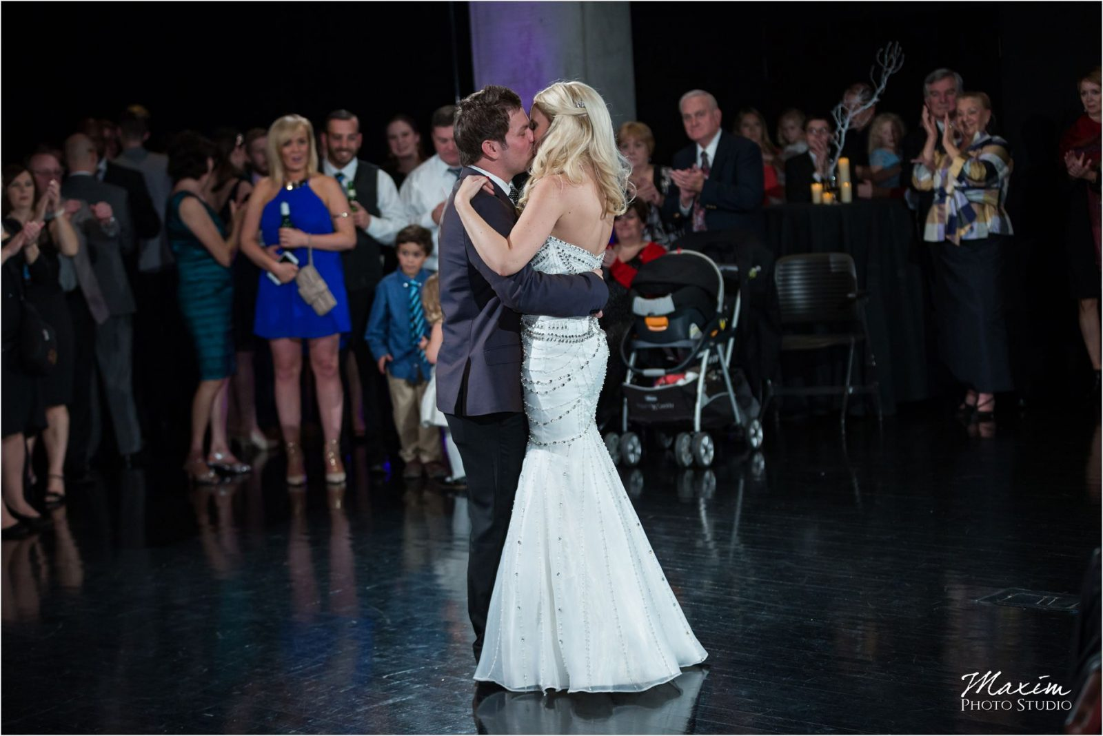 Cincinnati Wedding Photographers Wedding reception Dance