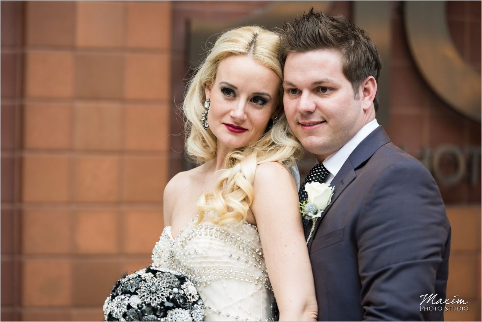 Cincinnati Wedding Photographers 21C Museum Hotel bride groom portraits