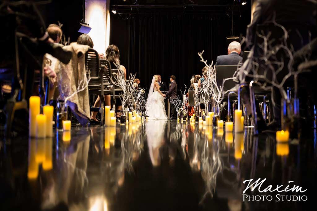 elegant CAC cincinnati Wedding ceremony