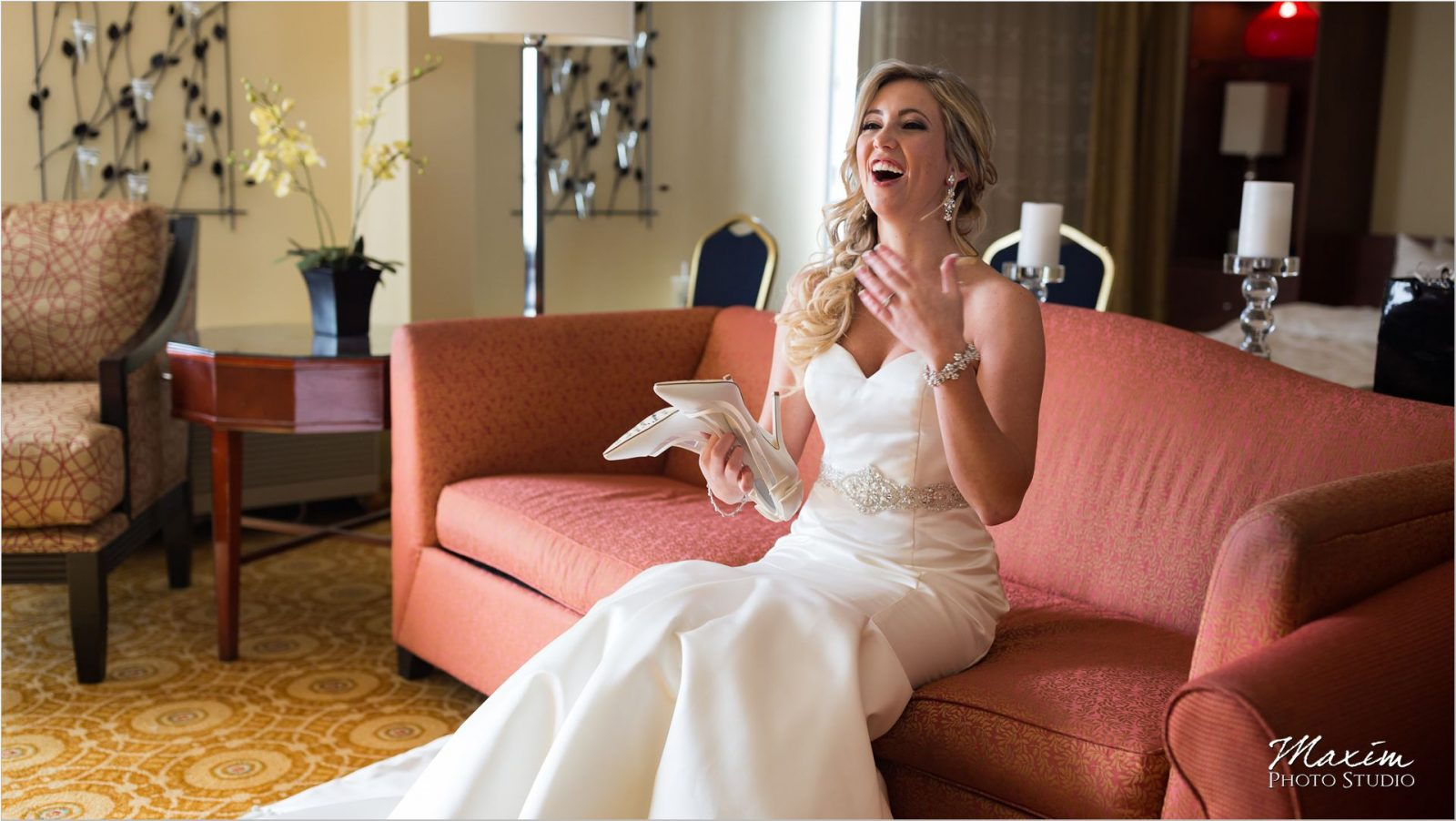 Dayton Marriott Wedding preparations Bride