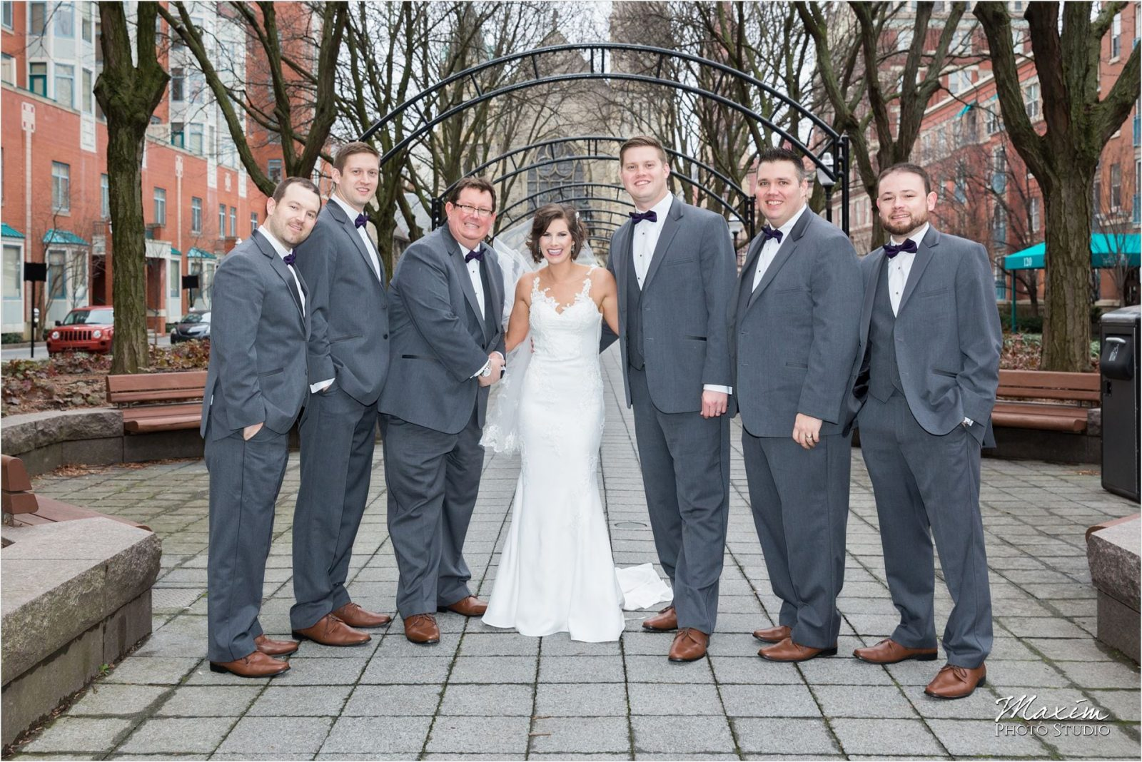 Garfield Park Cincinnati bride winter wedding