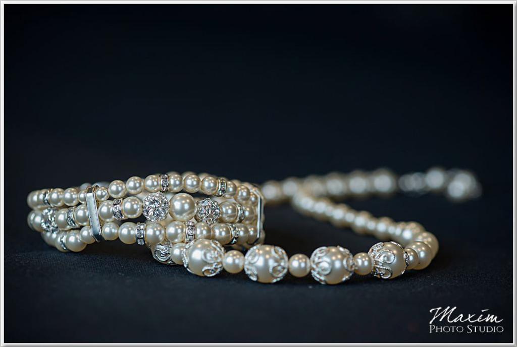 Christmas Cooper Creek Wedding jewelry