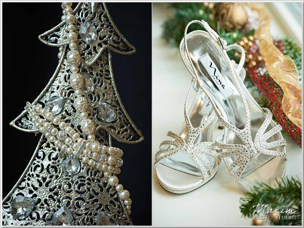 Christmas Cooper Creek Wedding rings