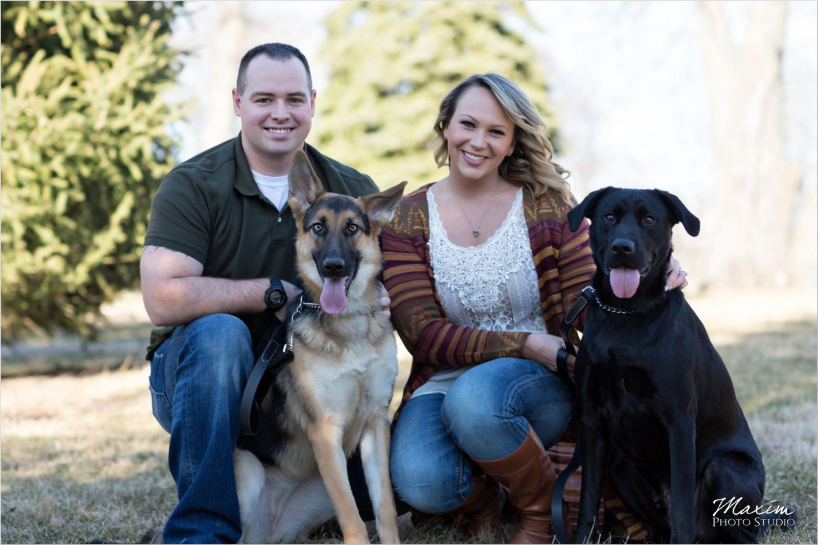 Faurot Park Lima Ohio Engagement with dogs