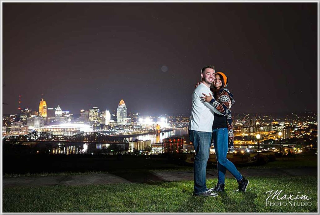Cincinnati Wedding Photographers Devou Park Night Rain Engagement