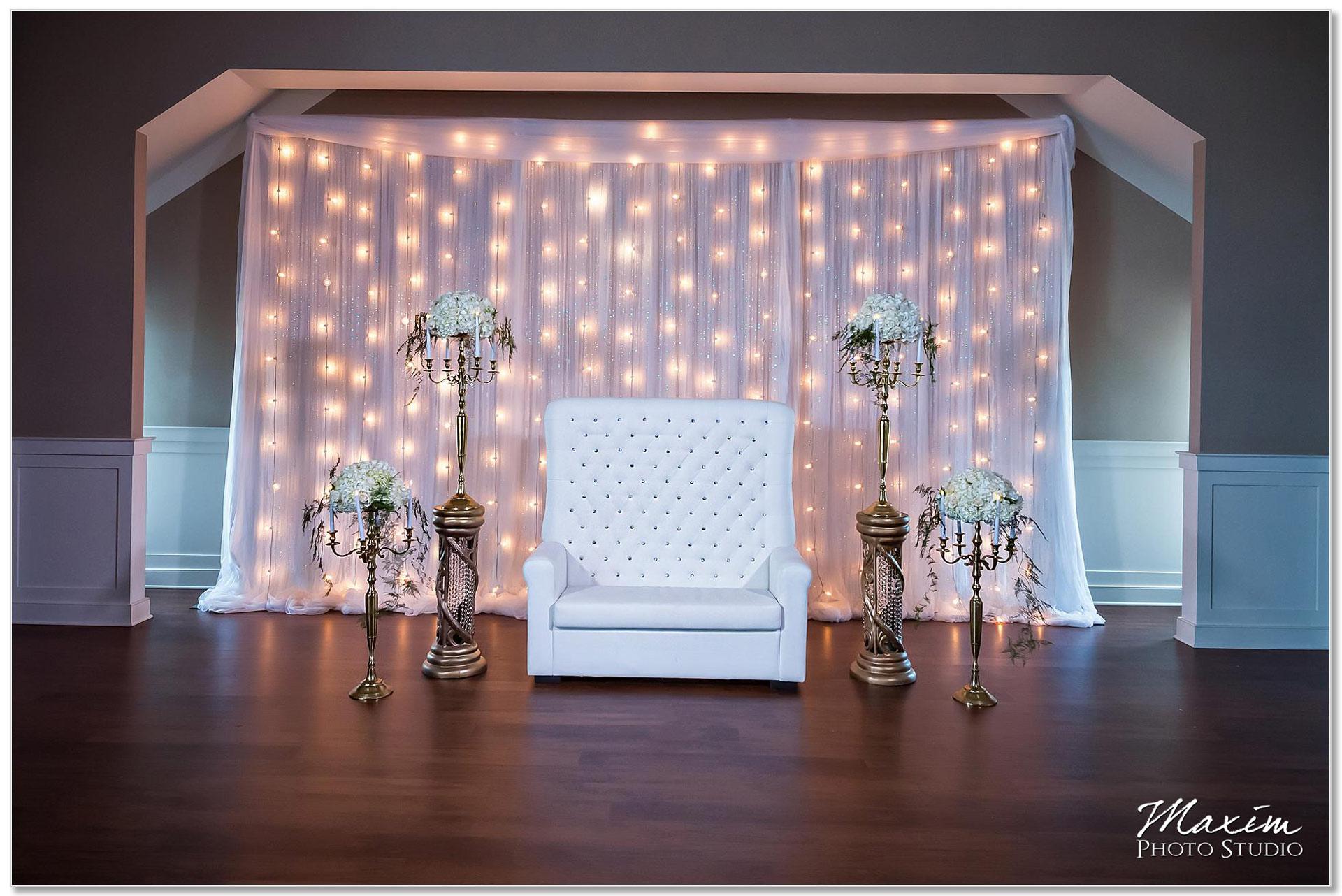 Centre Park West Holiday Inn Wedding Decor ceremony