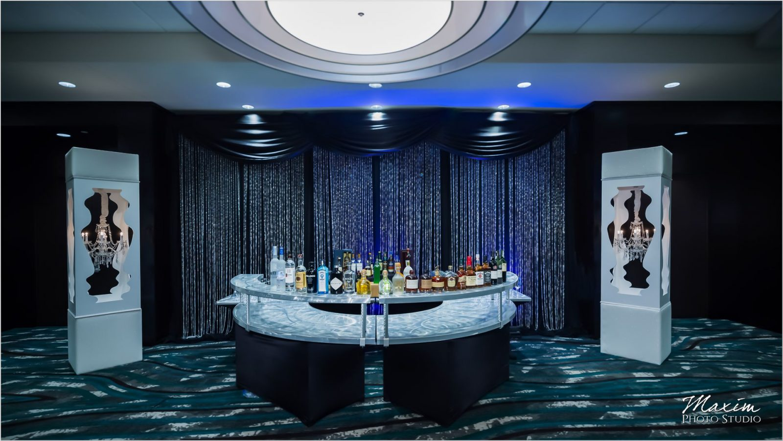 Centre Park West Holiday Inn Wedding Reception bar