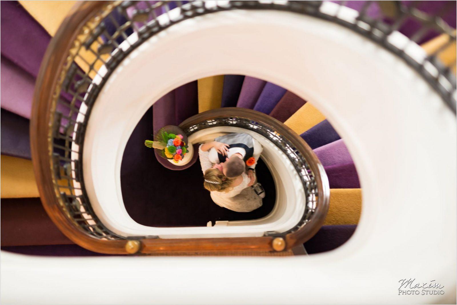 21C Museum Hotel Cincinnati Bride Groom