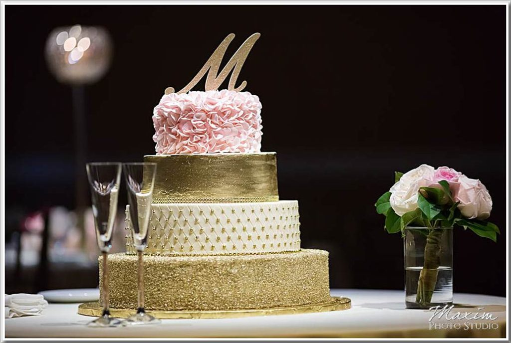 The Phoenix Cincinnati Wedding Sarvatii Pastry Shop Wedding Cake