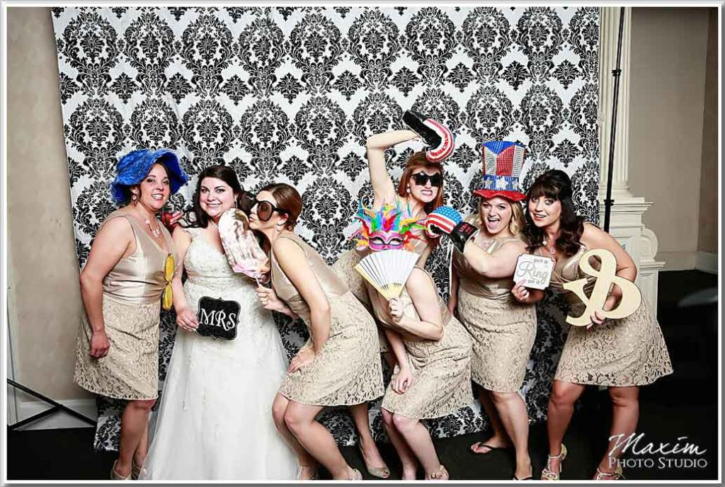 The Phoenix Cincinnati Wedding Unboxed Photo Booth