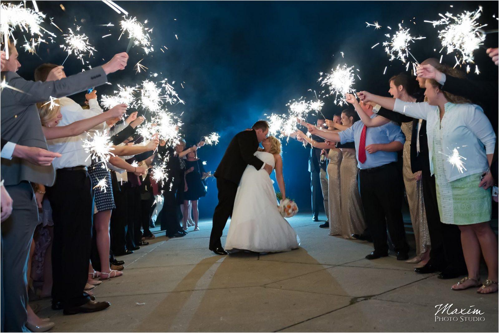 Ault Park Cincinnati Wedding Reception sparklers