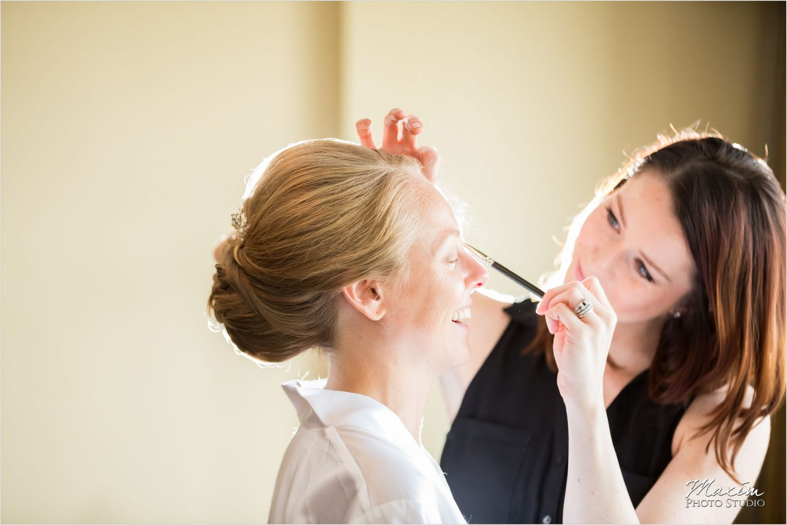 Marriott Rivercenter Covington Kentucky Wedding Bride Preparations