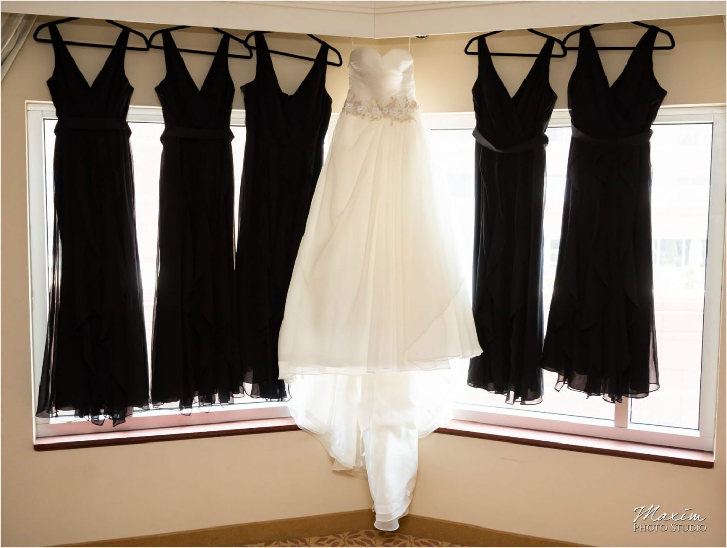 Marriott Rivercenter Covington Kentucky Wedding Bride Preparations dress