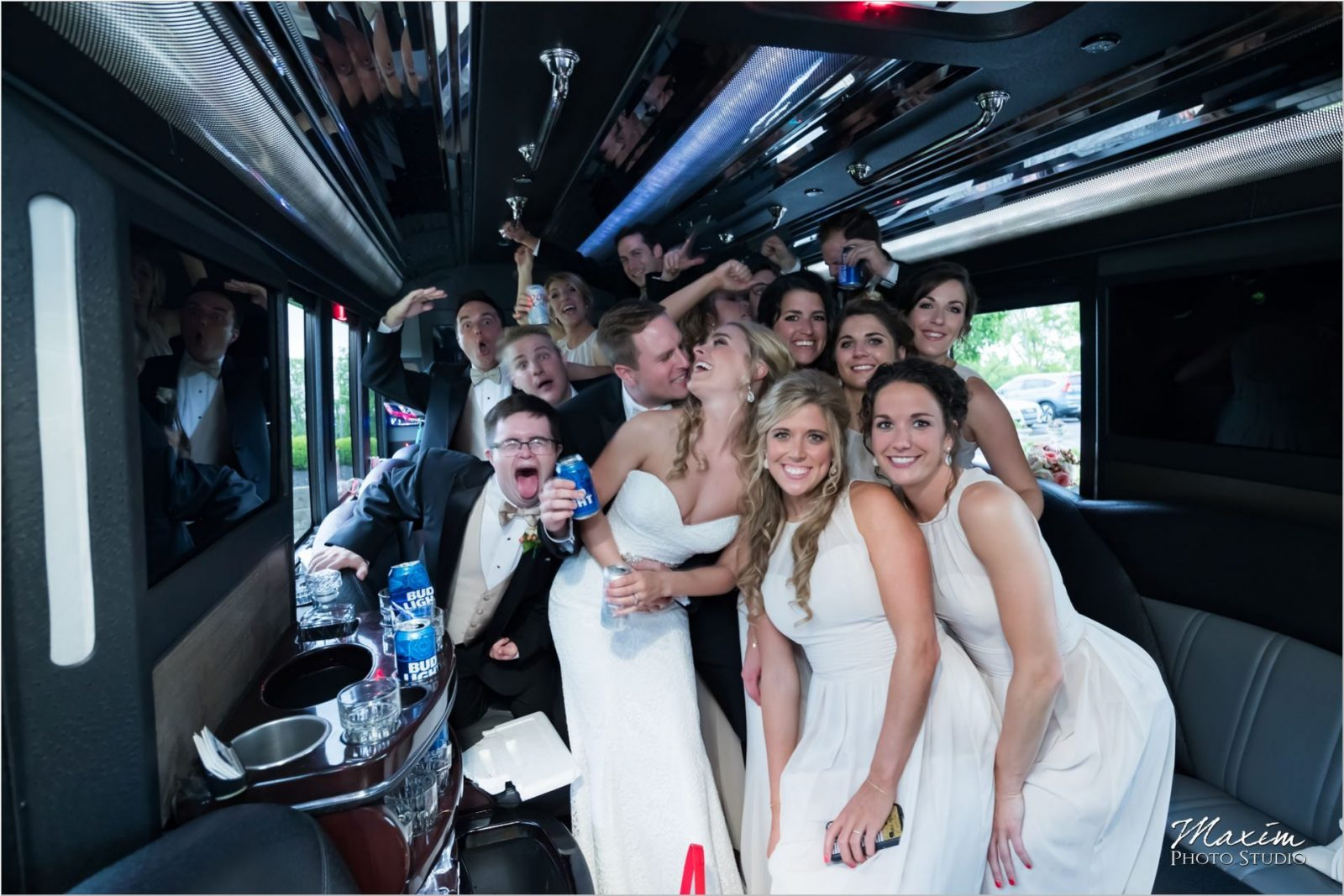 Motortoys limo Drees Pavilion Wedding