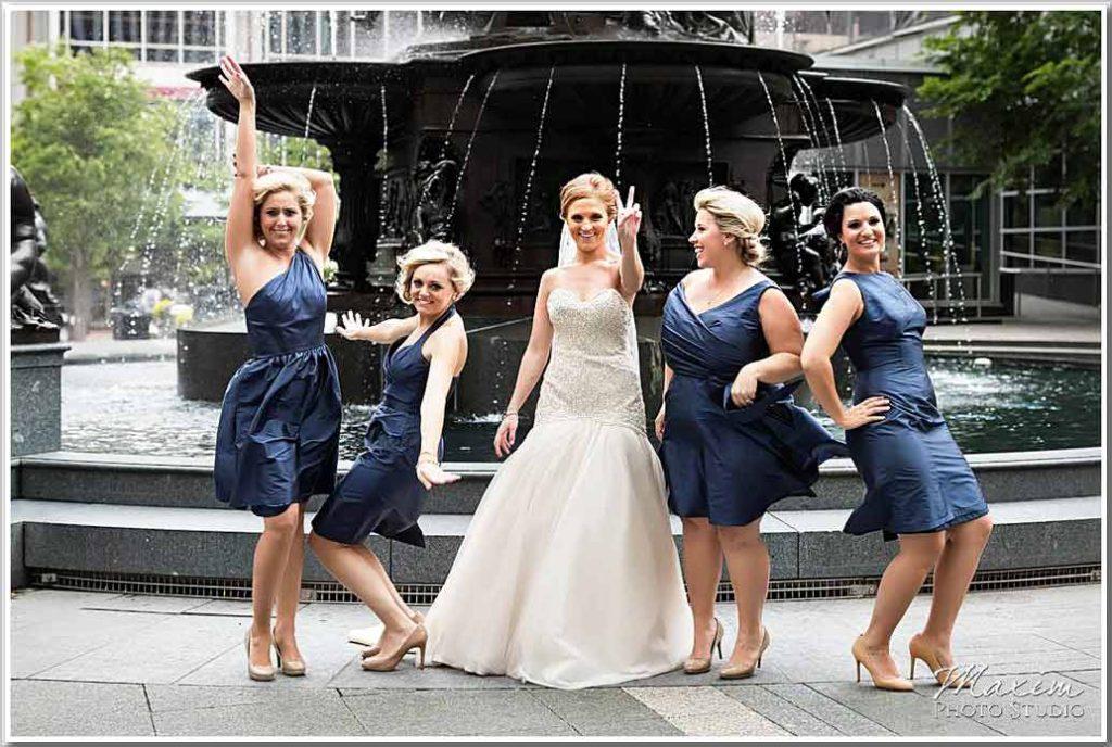 Cincinnati Fountain Square Wedding Picture Bride