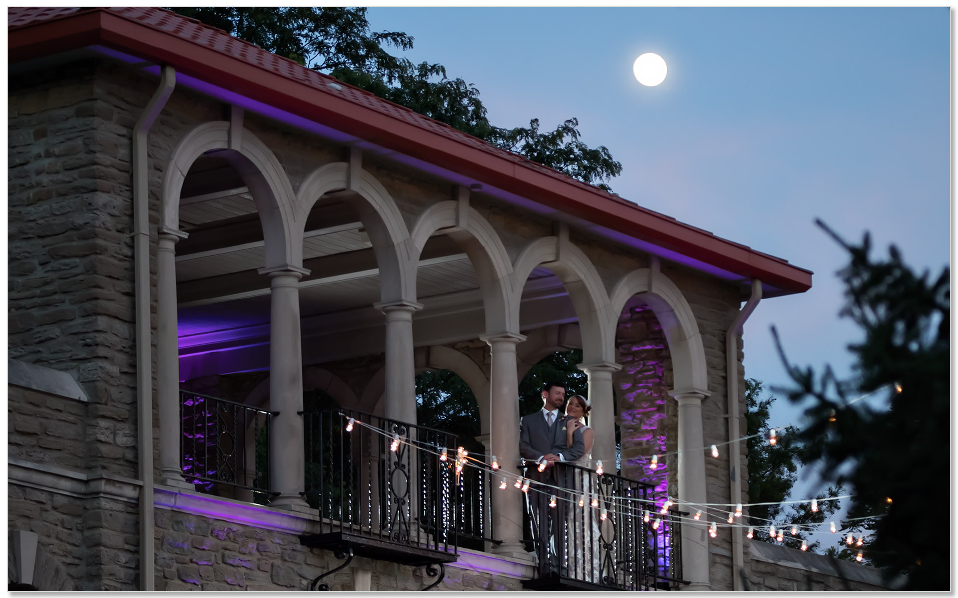 Alms Park Cincinnati Moonlight wedding