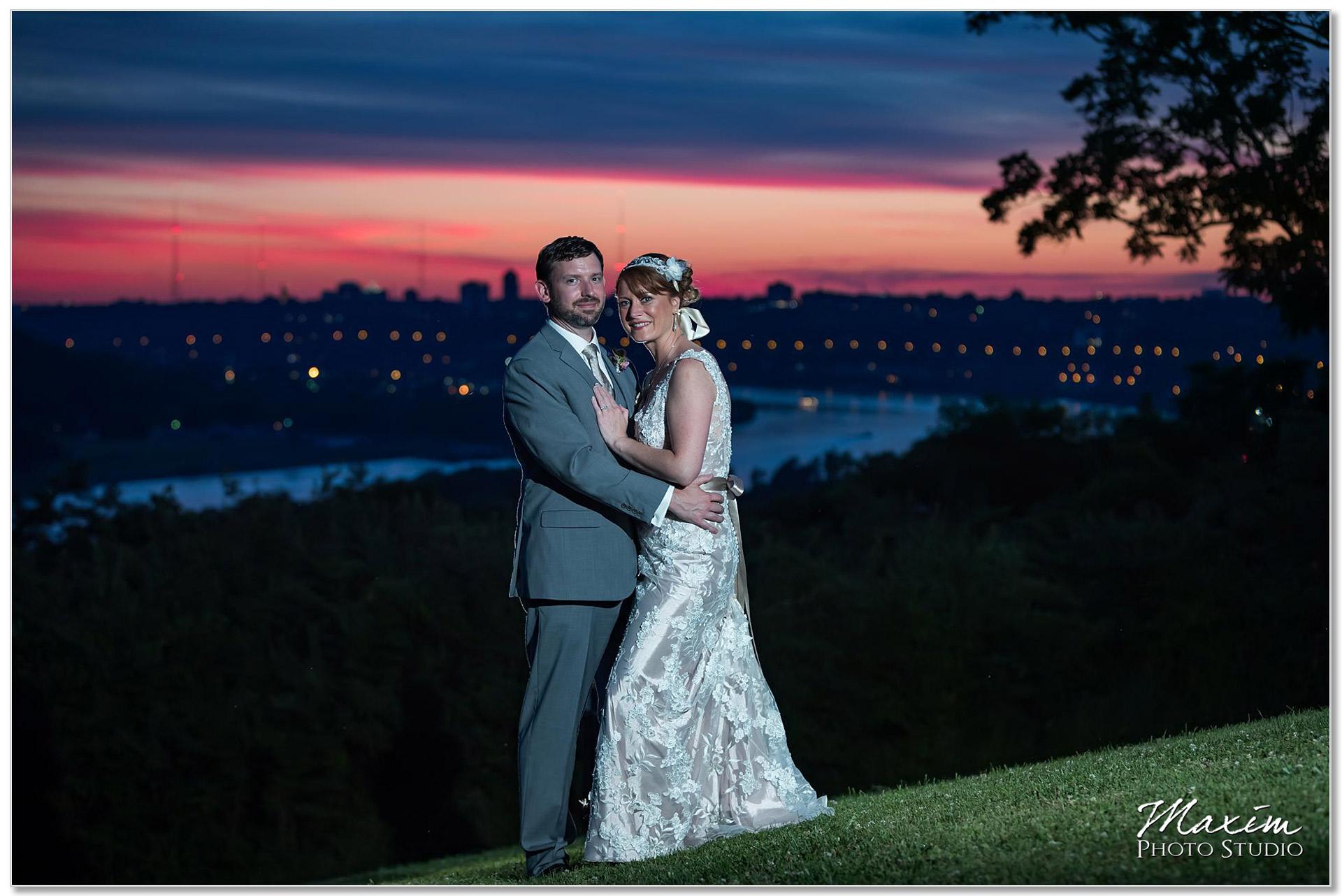 Alms Park Sunset Cincinnati wedding skyline