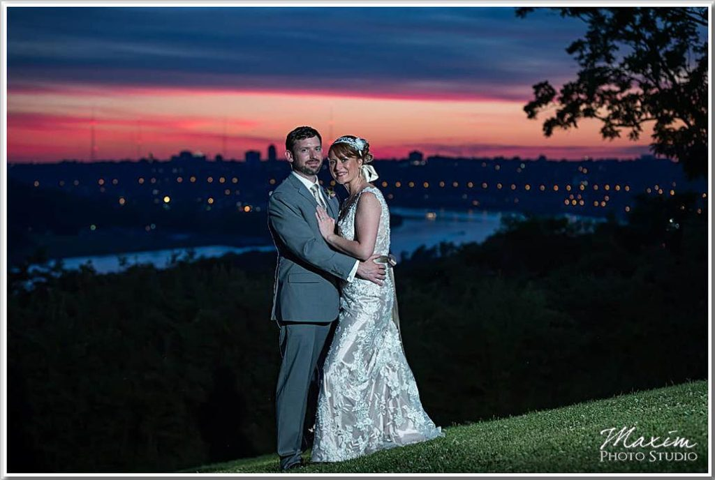 Alms Park Cincinnati Wedding sunset portraits