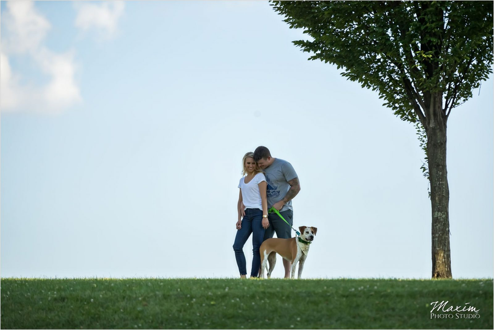 Cincinnati Wedding Photographers Louisville Waterfront Park bridge engagementCincinnati Wedding Photographers Louisville Waterfront Park bridge engagement dog