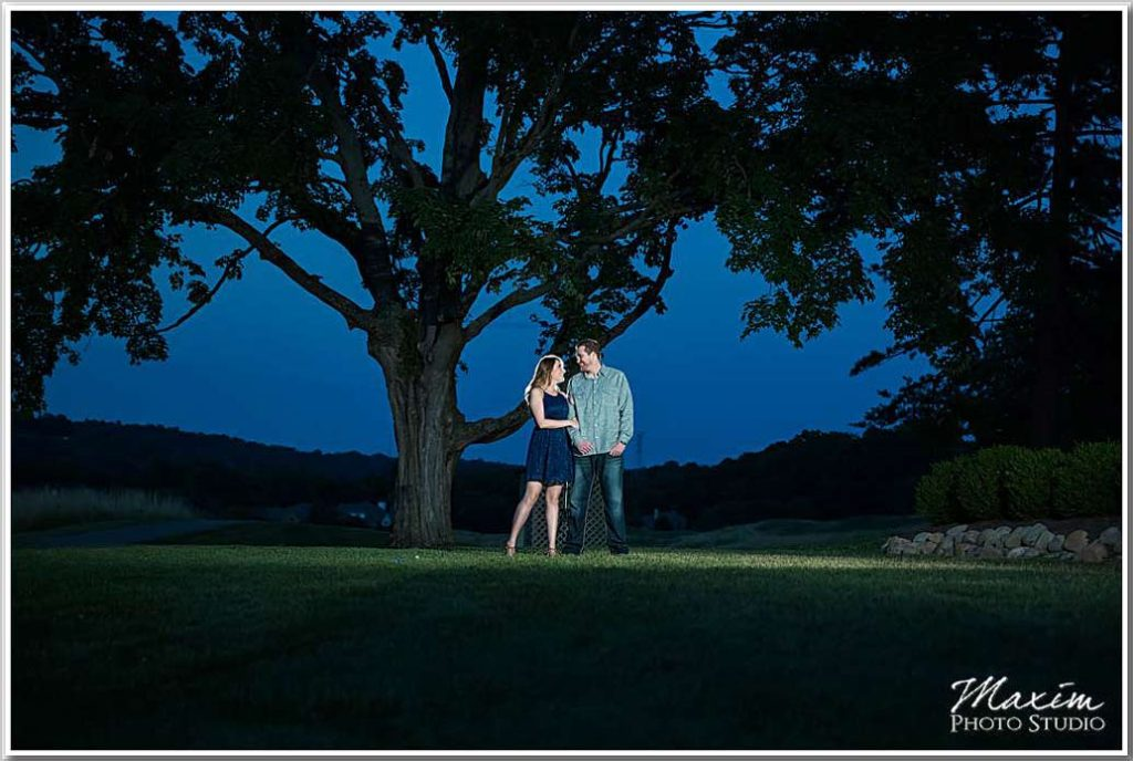 Cincinnati Wedding Photographers Ivy Hills Country Club Engagement