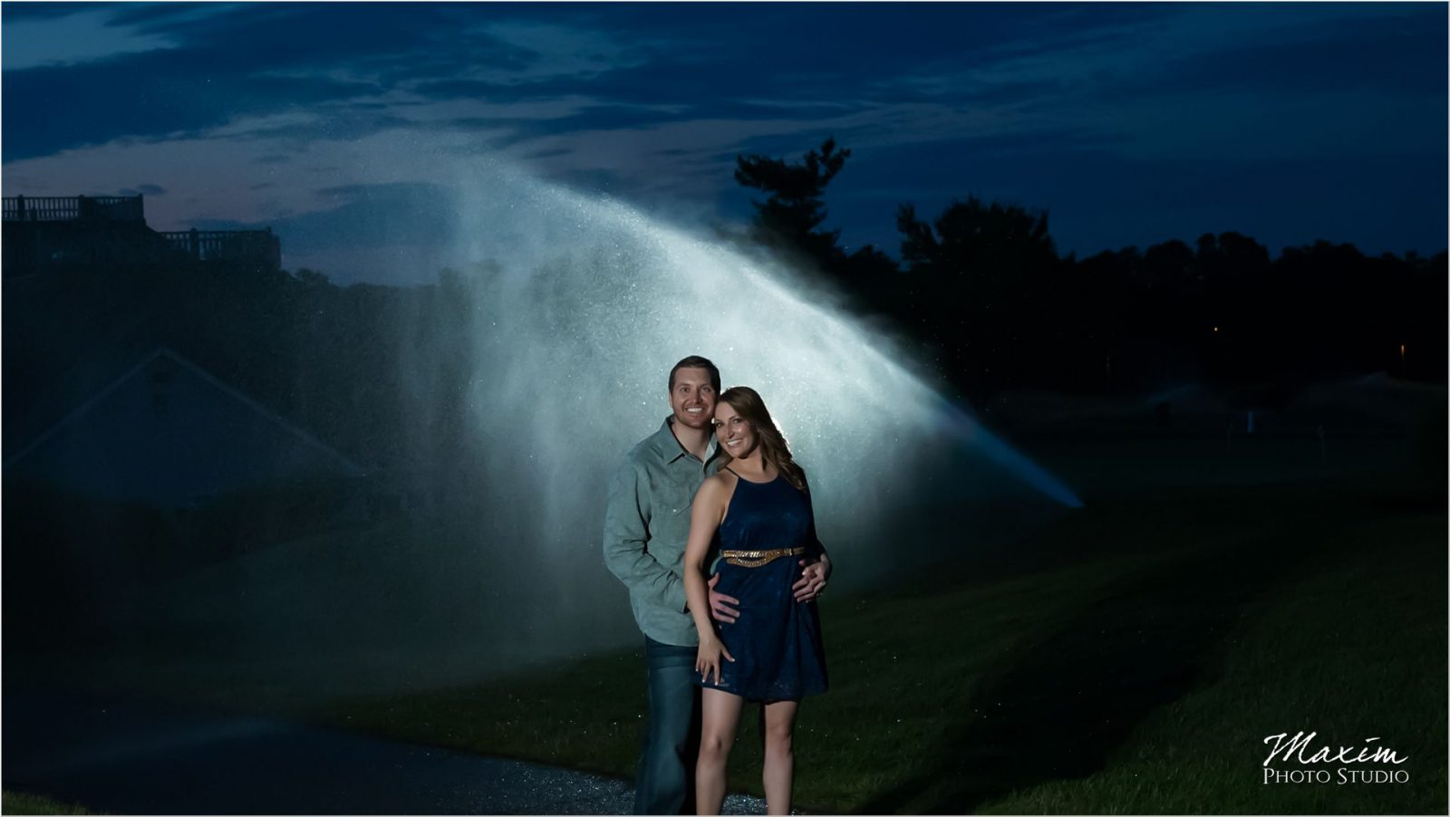 Ivy Hills Country Club Engagement fountains