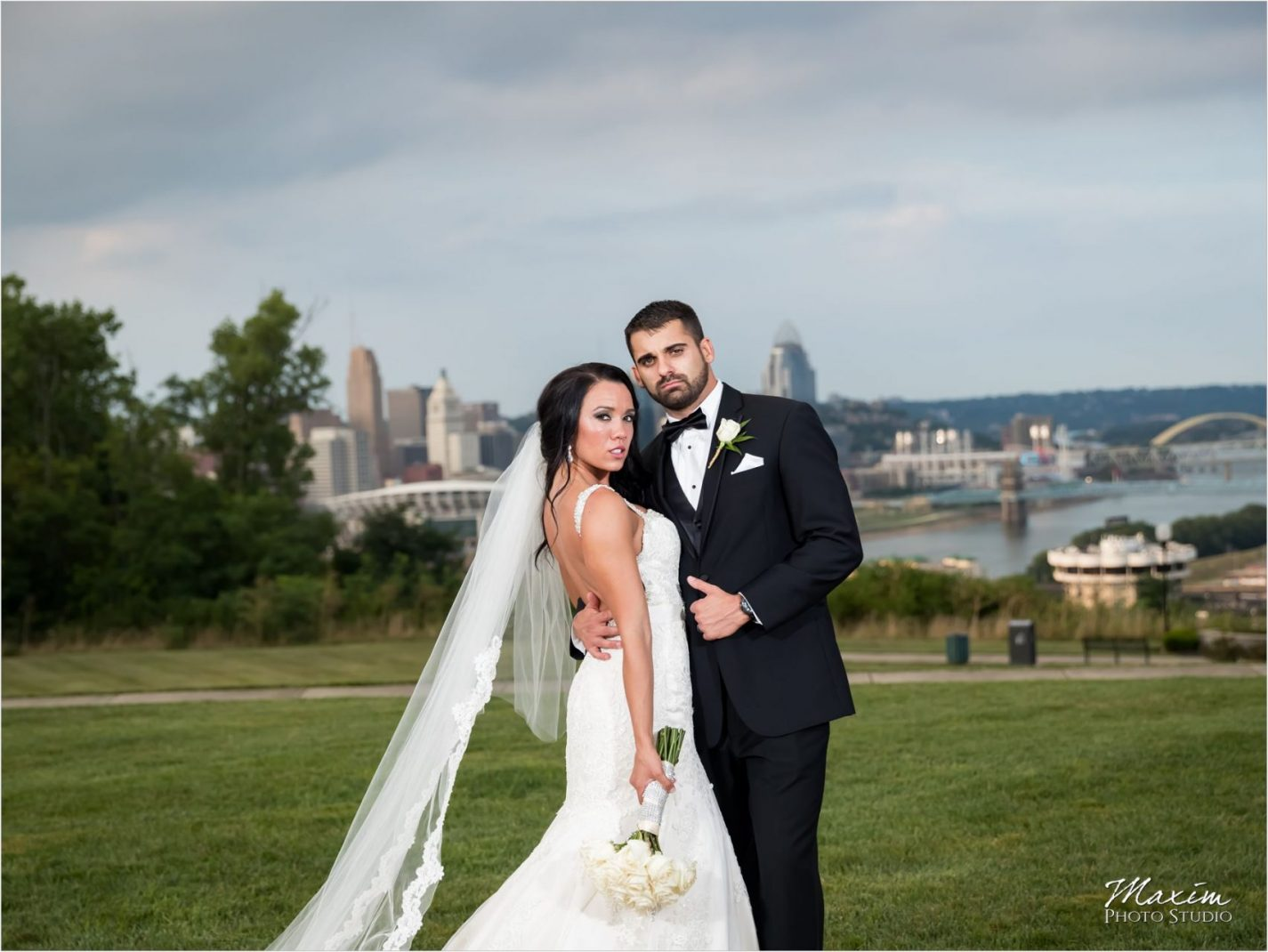 Drees Pavilion Covington Kentucky Wedding Reception Portraits