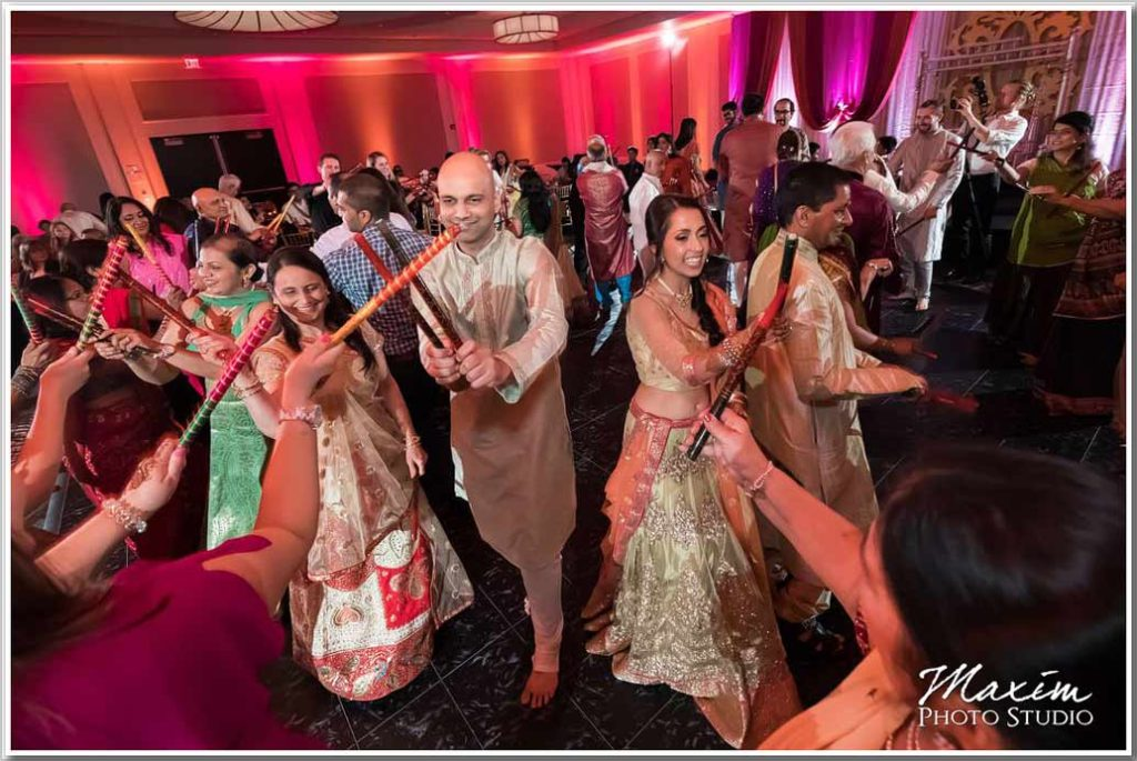 Cincinnati Wedding Photographers Centre Park West Indian Wedding Sangeet