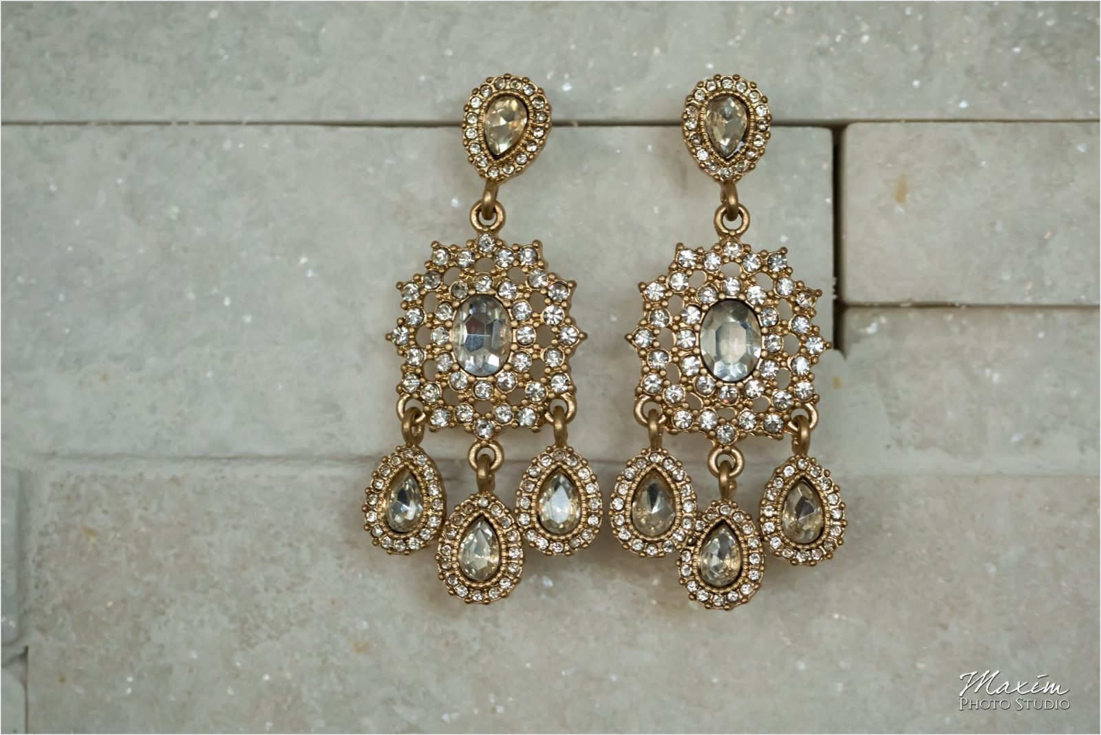 Newport Syndicate Cincinnati Wedding Bride Preparations earings