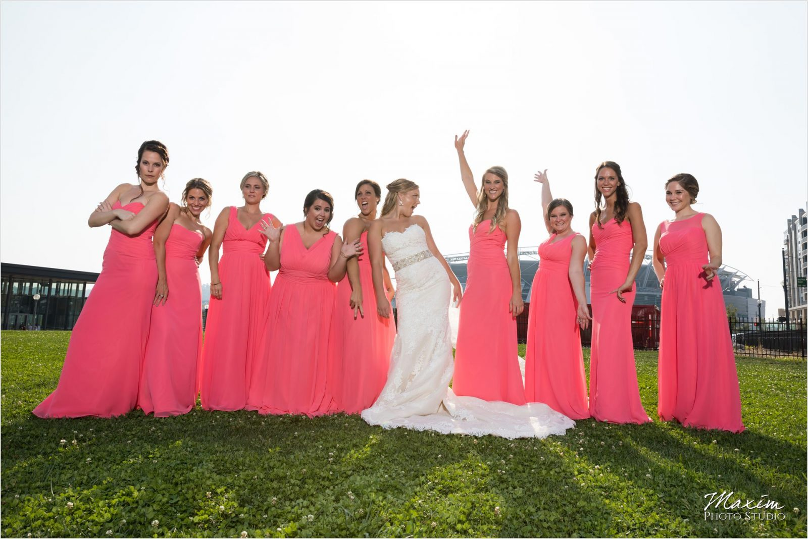 Smale Riverfront Park Cincinnati Wedding Bridal party