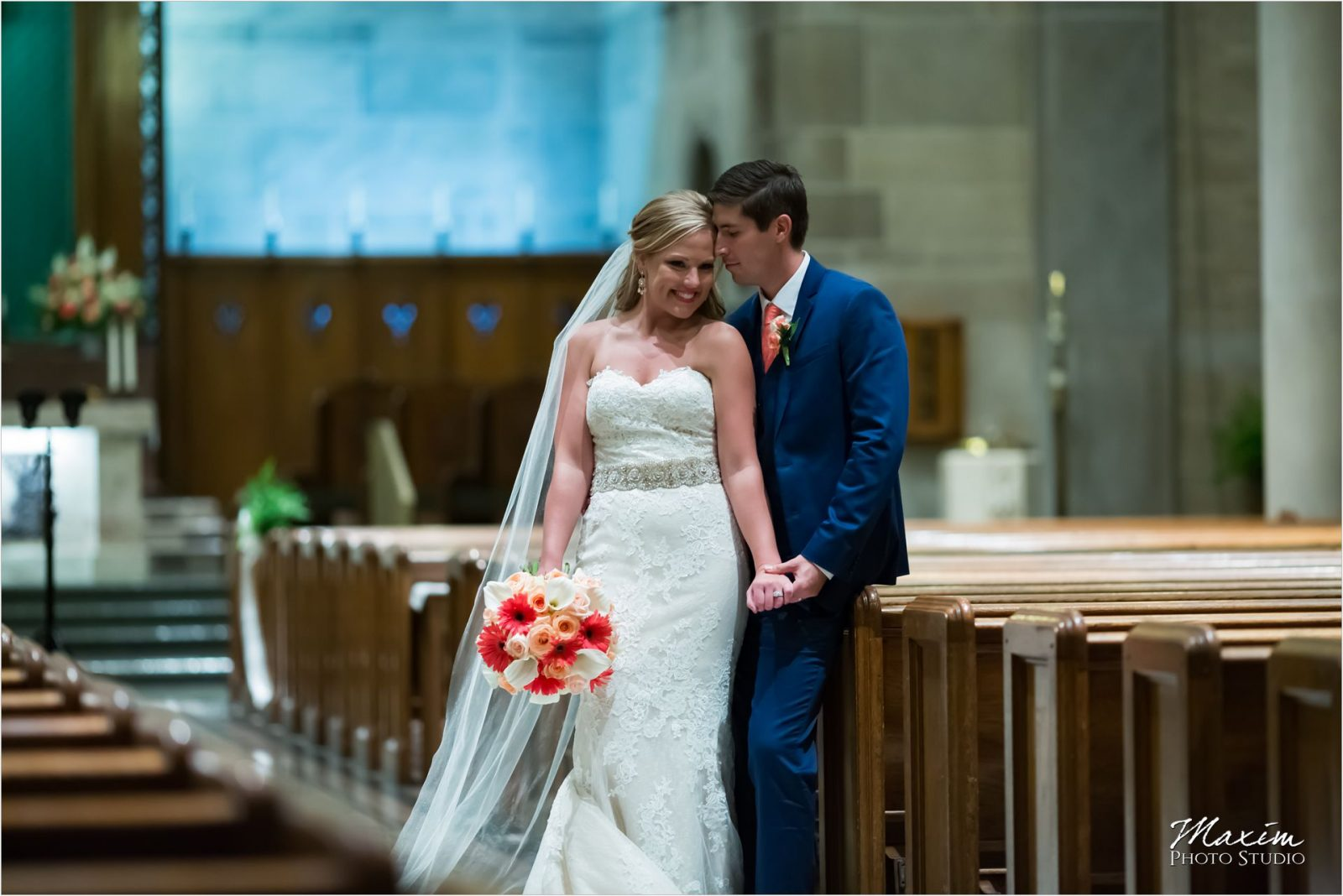 Holy Spirit Church Cincinnati Wedding Bride Groom