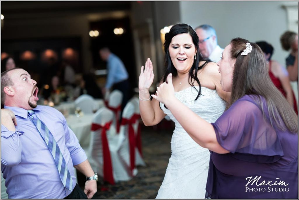 Cincinnati Wedding Photographers, Manor House Ohio, Wedding reception