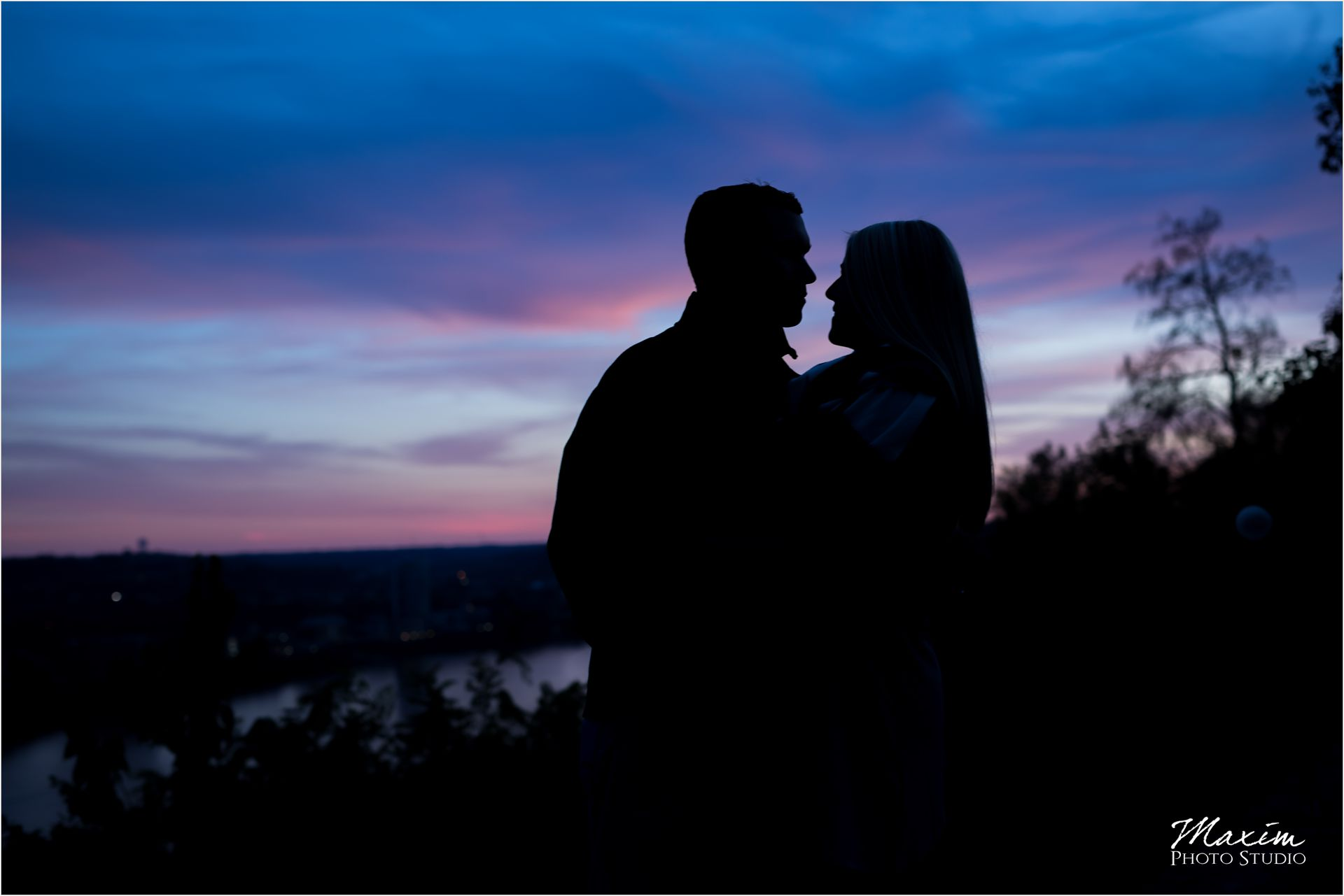 Eden Park Cincinnati Sunset Engagement