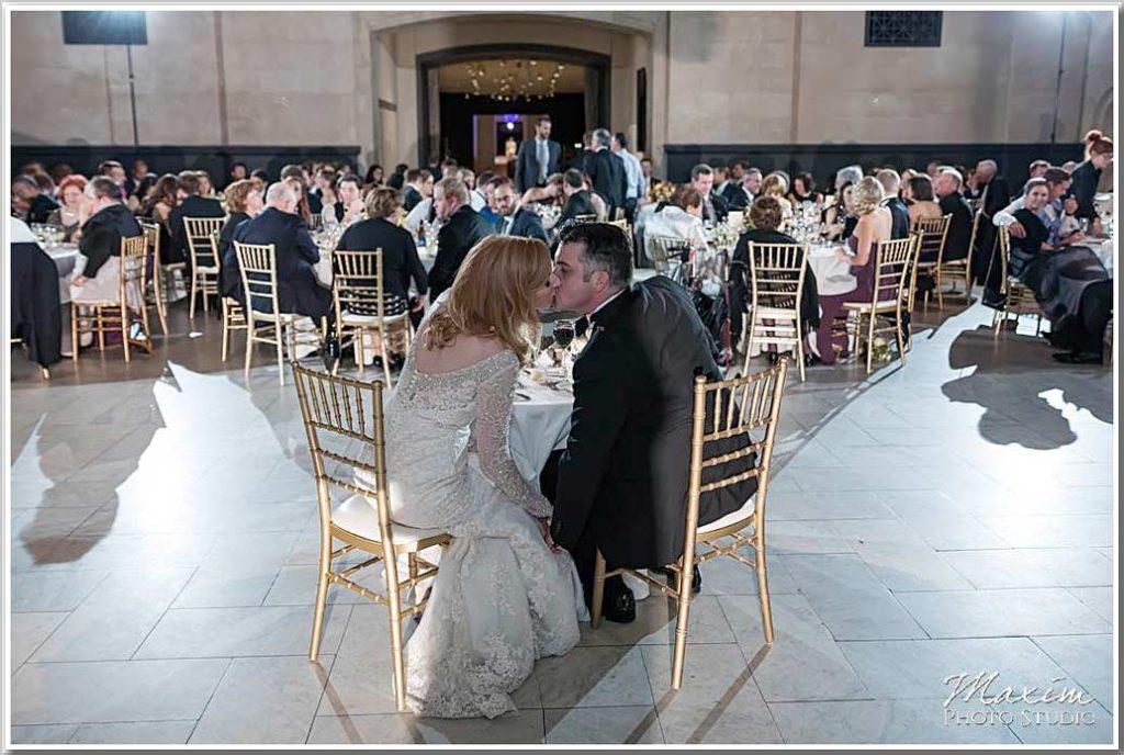Cincinnati Art Museum bride groom reception