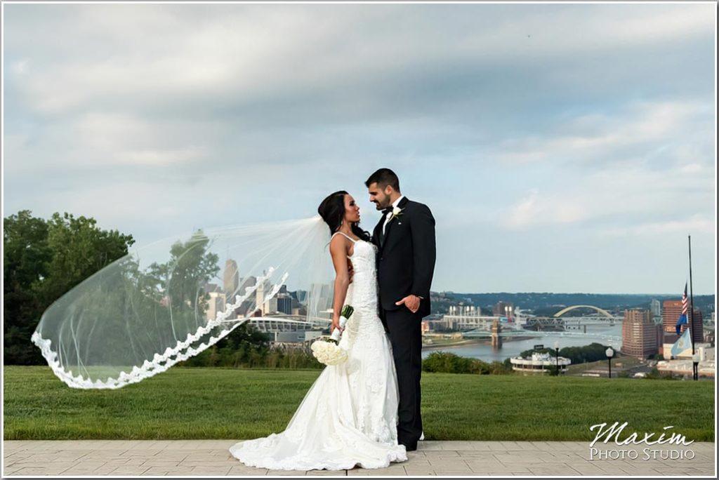 Drees Pavilion Wedding reception cincinnati skyline