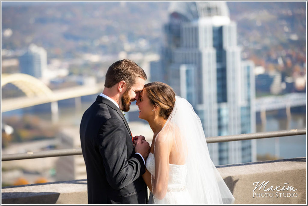 Carew Tower Cincinnati Wedding Bride picture