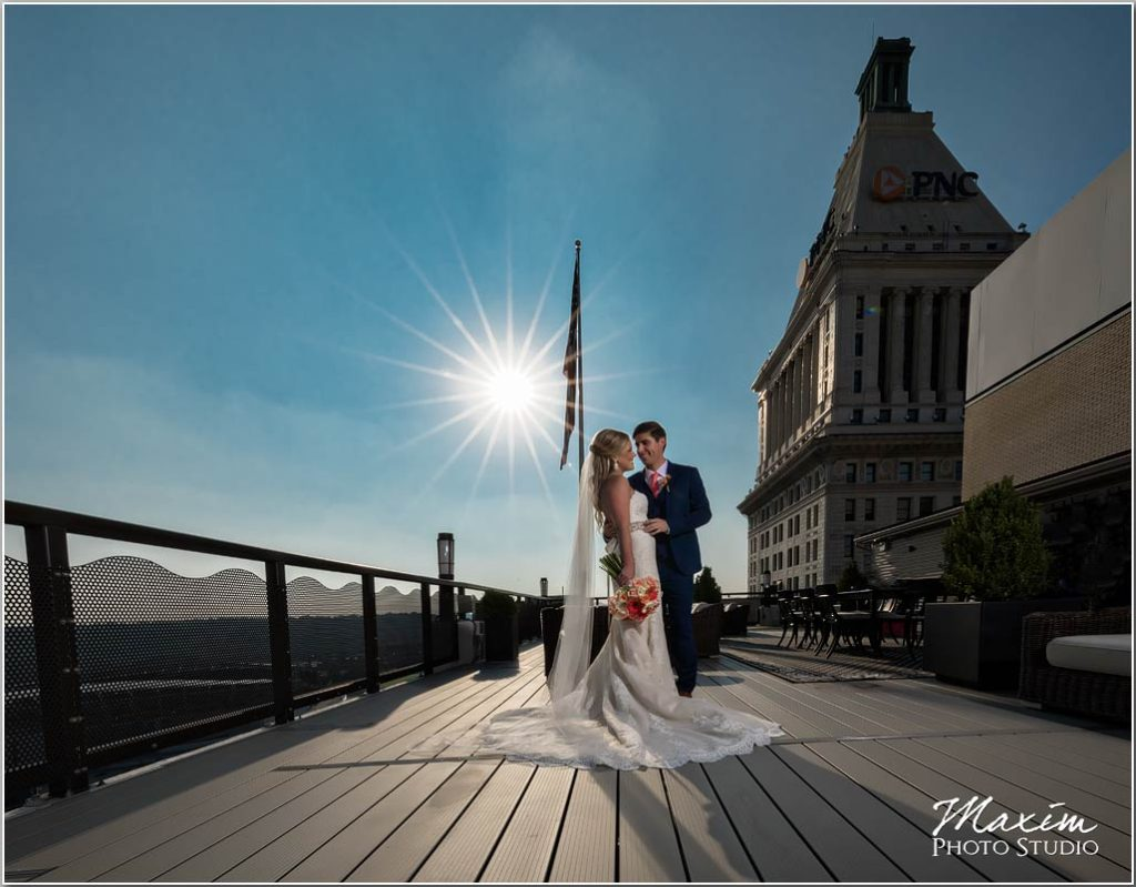 Cincinnati wedding photographers sun skyline